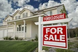 DuPage County divorce attorneys, foreclosure during divorce